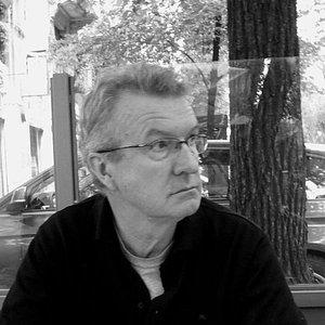 Peter Goldsworthy-Poet-Red Room Poetry-headshot-600x (1).jpg