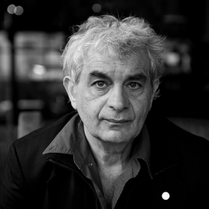 Angelos Giotopoulos-Poet-Red Room Poetry-headshot-600x.png