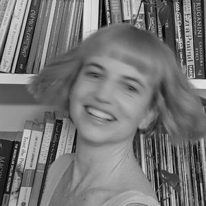 Laura Jean McKay-Poet-Red Room Poetry-headshot-600x (6).png