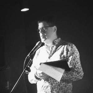 Tim_Heffernan_-_poet_-_image_-_Red_Room_Poetry_-headshot_600x.png
