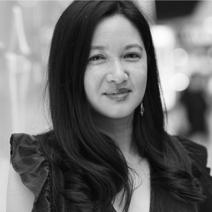 Thuy On-Poet-Red Room Poetry-headshot-600x (4).png