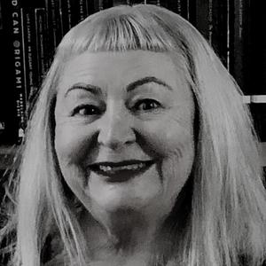 Linda_Godfrey-Poet-Red_Room_Poetry.png